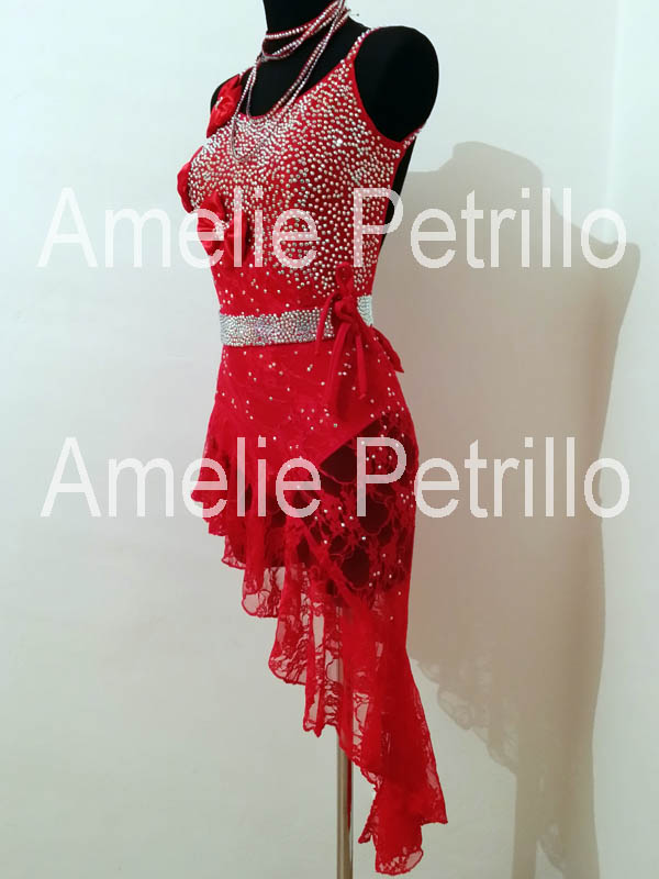 the best attitude f2fc4 c2d6f Amelie Petrillo - Fashion Designer